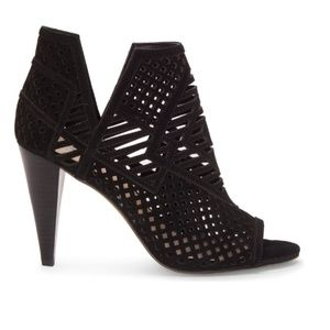 Vince Camuto Shoes - NWT Vince Camuto - Open Toe Detailed Booties